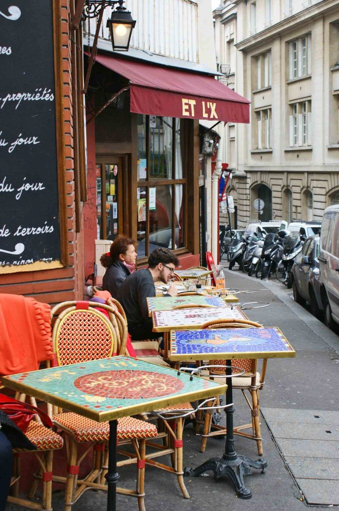 zwyczaje francuskich restauracji